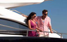 yacht à moteur charter